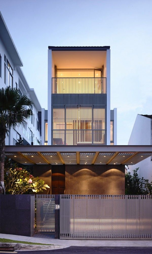 Slim Singapore House by Hyla Architects