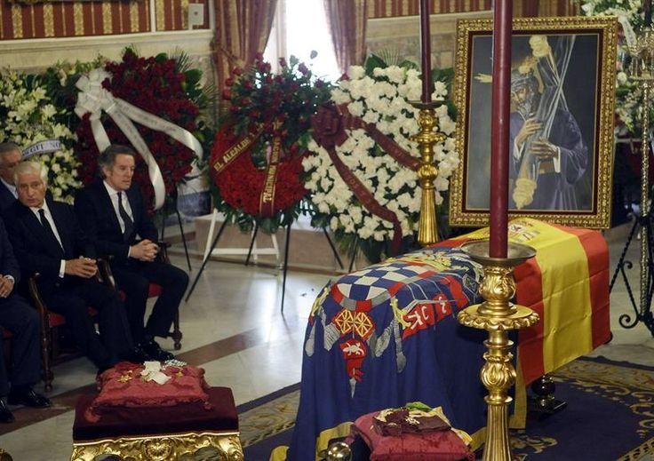 La prensa internacional cubre la muerte de la extravagante Duquesa de Alba