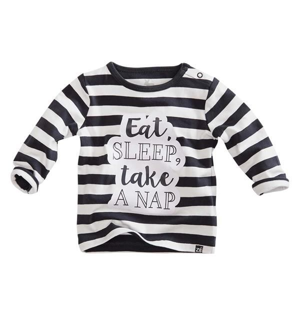 Z8 Newborn t-shirt Birdy in streep dessin. Dit shirt heeft een tekst print op de voorzijde, lange mouwen en een ronde hals.     Dit item komt uit de Z8 baby newborn collectie  najaar/winter 2017/2018. Shop de complete Z8 babykleding direct online @  https://www.nummerzestien.eu/z8-newborn/baby-jongens/