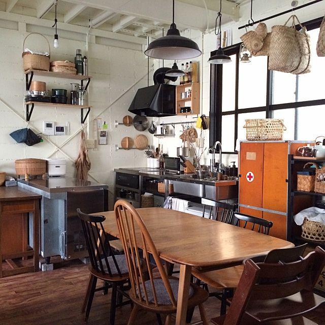 女性で、Otherの工房アイザワ/業務用冷蔵庫/コンクリート打ちっ放し/キッチン/イルマリタピオヴァーラ…などについてのインテリア実例を紹介。(この写真は 2015-06-22 16:05:13 に共有されました)