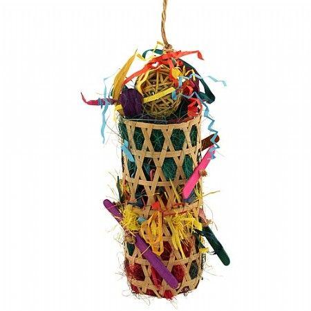 Grand Slam Parrot Toy. Gemaakt van natuurlijke materialen. Ongeveer 25 cm groot. Tip: Doe er wat lekkere snacks, zaden of noten tussen, voor nog meer plezier!