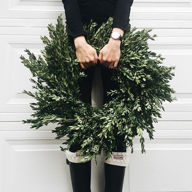boxwood wreath + wellies