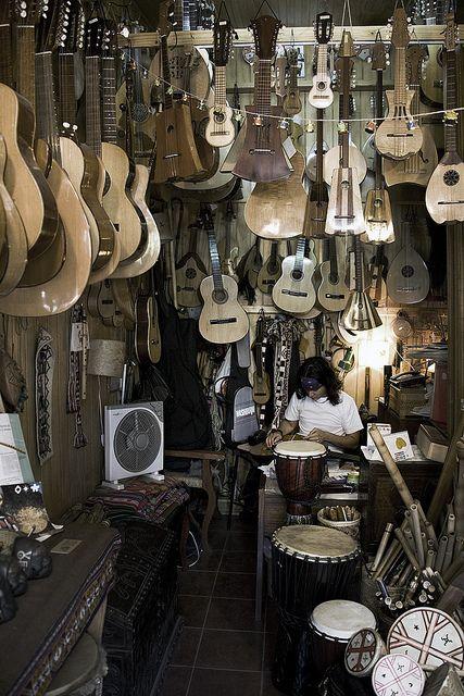 Santiago, Chile: Music for Sale by babasteve, via Flickr