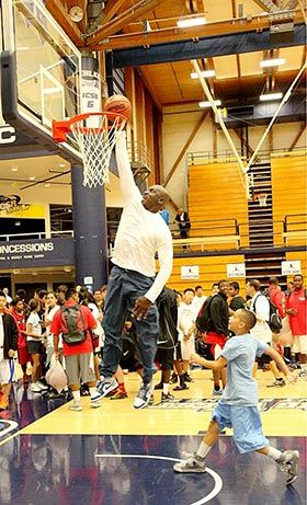 Michael Jordan dunks at his flight school basketball camp at age 50 - NBA News | FOX Sports on MSN
