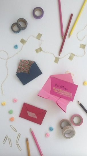 Teeny Tiny Valentines Day Cards You Can DIY - these are so cute! They'd be great any time, not just Valentines
