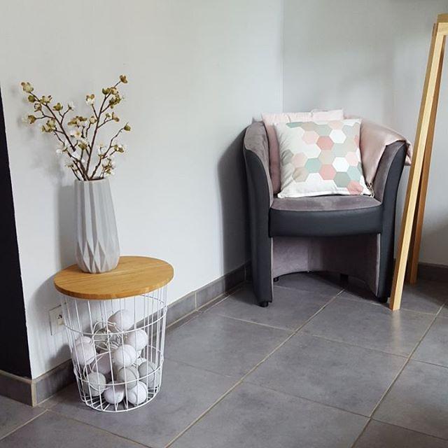les 57 meilleures images propos de table basse panier. Black Bedroom Furniture Sets. Home Design Ideas