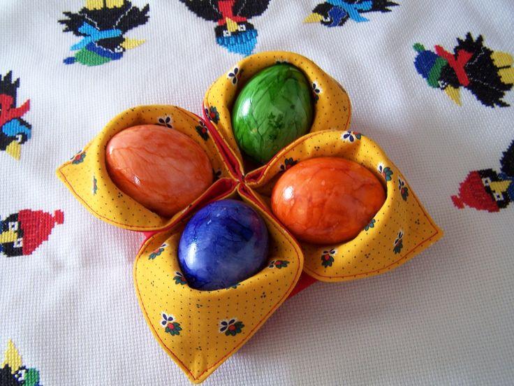 Schnell genähtes Körbchen für 4 (Oster)-Eier