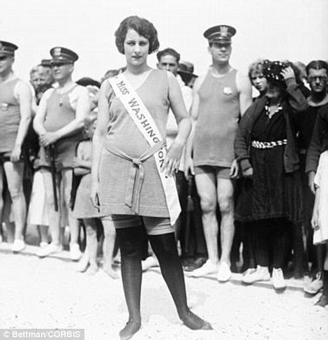 Evelyn Lewis, left, competed in the Miss America pageant as Miss Washington in 1922  Read more: http://www.dailymail.co.uk/news/article-2200639/Stunning-pageant-photographs-Miss-Americas-bathing-beauties-1920s.html#ixzz3DaoXa2TM  Follow us: @MailOnline on Twitter | DailyMail on Facebook