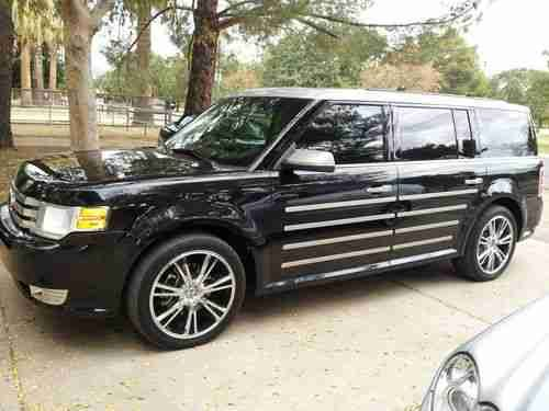 Ford Flex  Ford Flex Custom Two Tone With Thule And Towing Package On