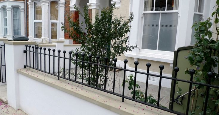 classic 50 black and white mosaic tile path new garden wall with york stone caps metal wrought iron rail and gate balham london (4)