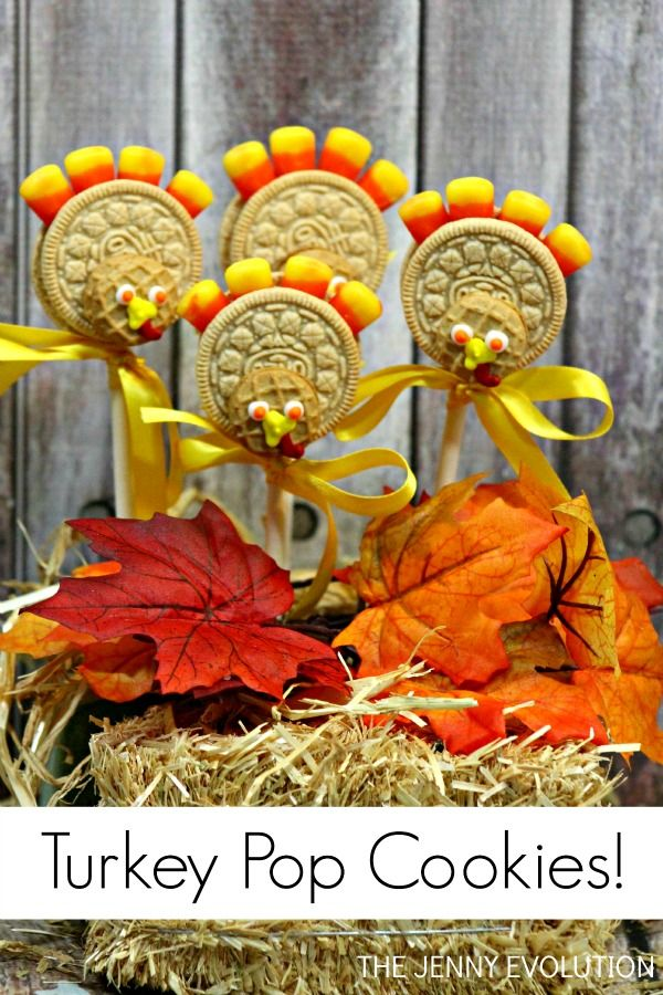 Your kids are going to FLIP over this Thanksgiving Oreo Turkey Cookie Pops Tutorial | The Jenny Evolution