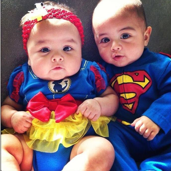 Picture Ideas With Twins: 74 Best Twin Halloween Costume Ideas Images On Pinterest