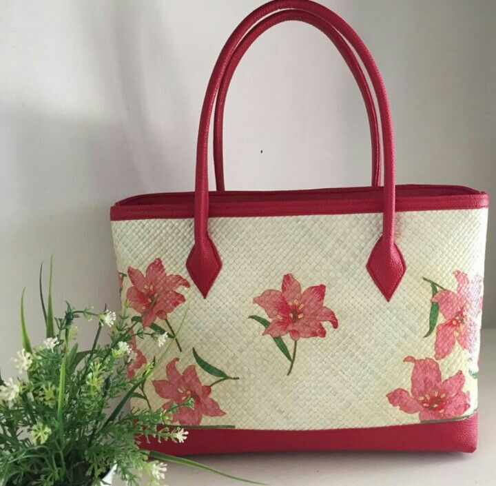 Redwine Painting - Woven Bag
