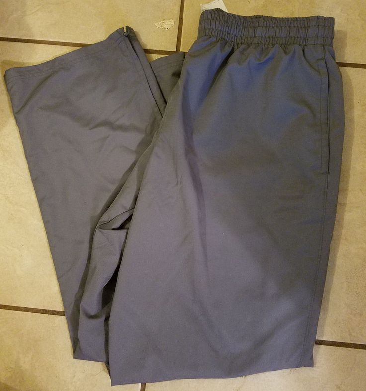 XL Under Armour Gray Loose Heatgear Mesh-Lined Athletic Pants EUC #UnderArmour…