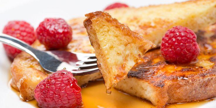 Французский тост с маком, медом и малиной