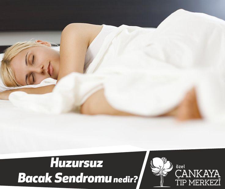 """Yatağa uzandığınızda; bacaklarınızda, ayaklarınıza ortaya çıkan istemsiz hareket ettirme isteğinin nedeni """"Huzursuz Bacak Sendromu"""" olabilir."""