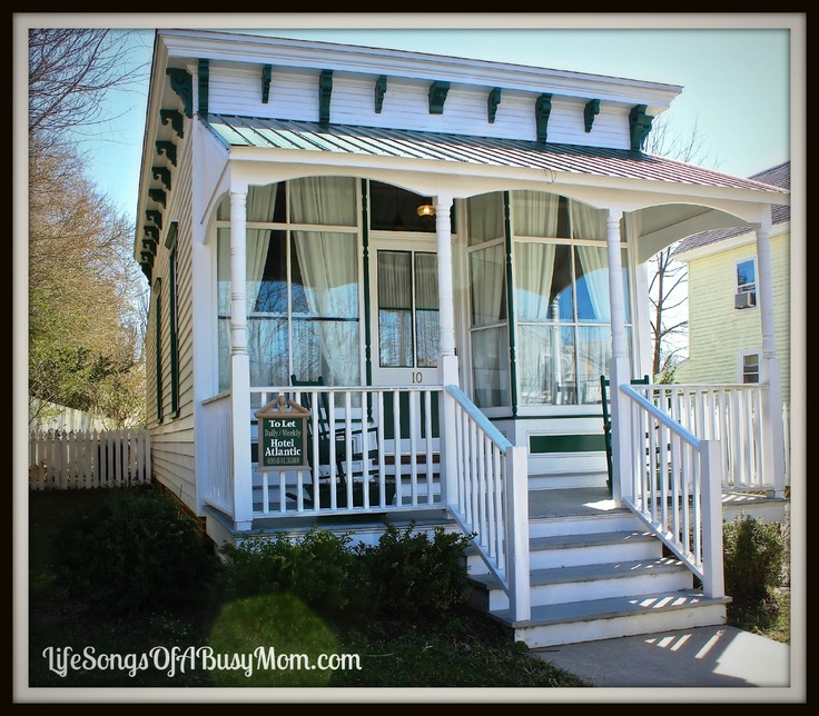 The Historic Atlantic Hotel In Berlin Md Gardner S Cottage Life Songs Of A Busy Mom Blog Pinterest Maryland And Reviews