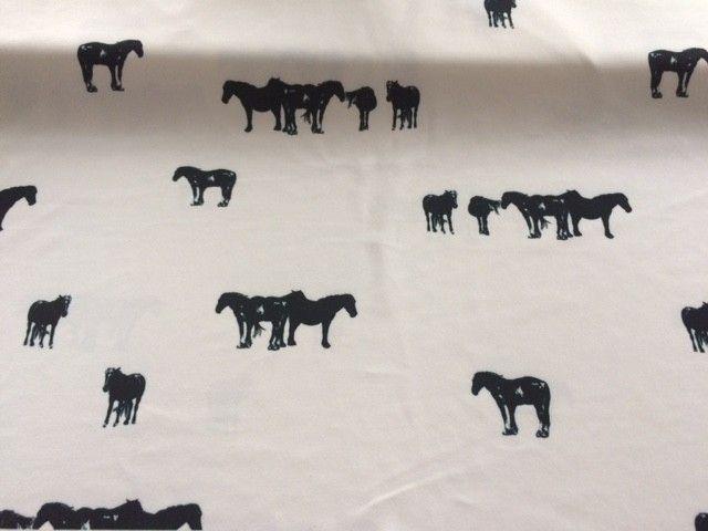 Czarne konie na kości słoniowej - Krepa