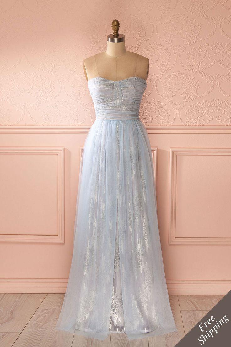 Robe longue bustier bleu pâle en tulle, paillettes argentées - Light blue bustier tulle maxi dress with silver sequins