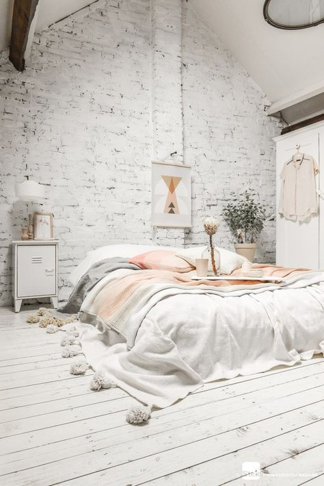 Low boho bed