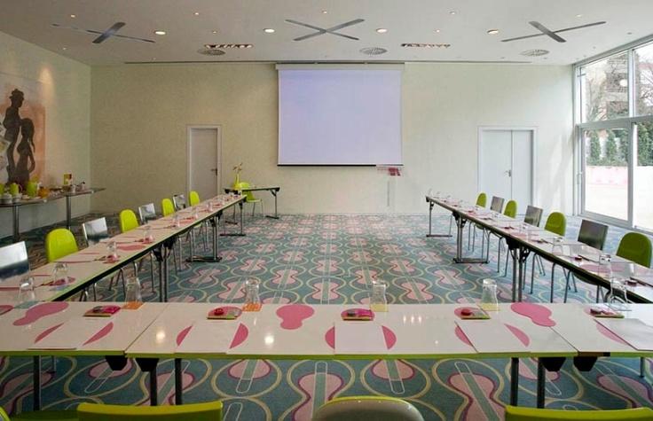 Semiramis - Meeting Facilities