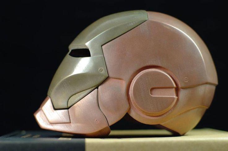 Mass Portal 3D Prints a Metal Iron Man Helmet Using ColorFabb Metallic Filament http://3dprint.com/61305/mass-portal-iron-man-helmet/