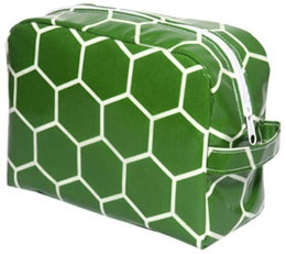 Toiletry bag in pattern Honey green.
