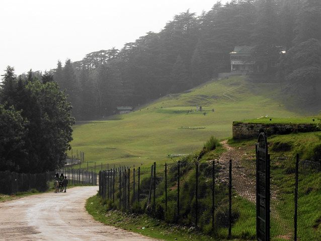 The beautiful NALDEHRA golf course!