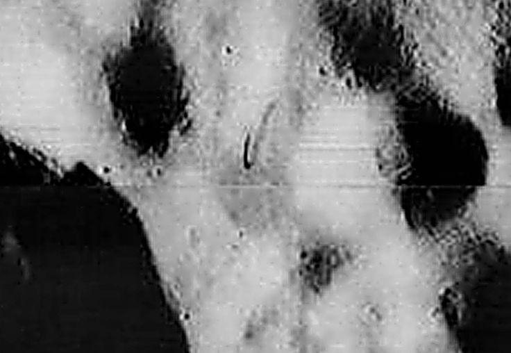 NASA Image: Aliens are mining on the moon http://lionsgroundnews.com/nasa-image-aliens-mining-moon/