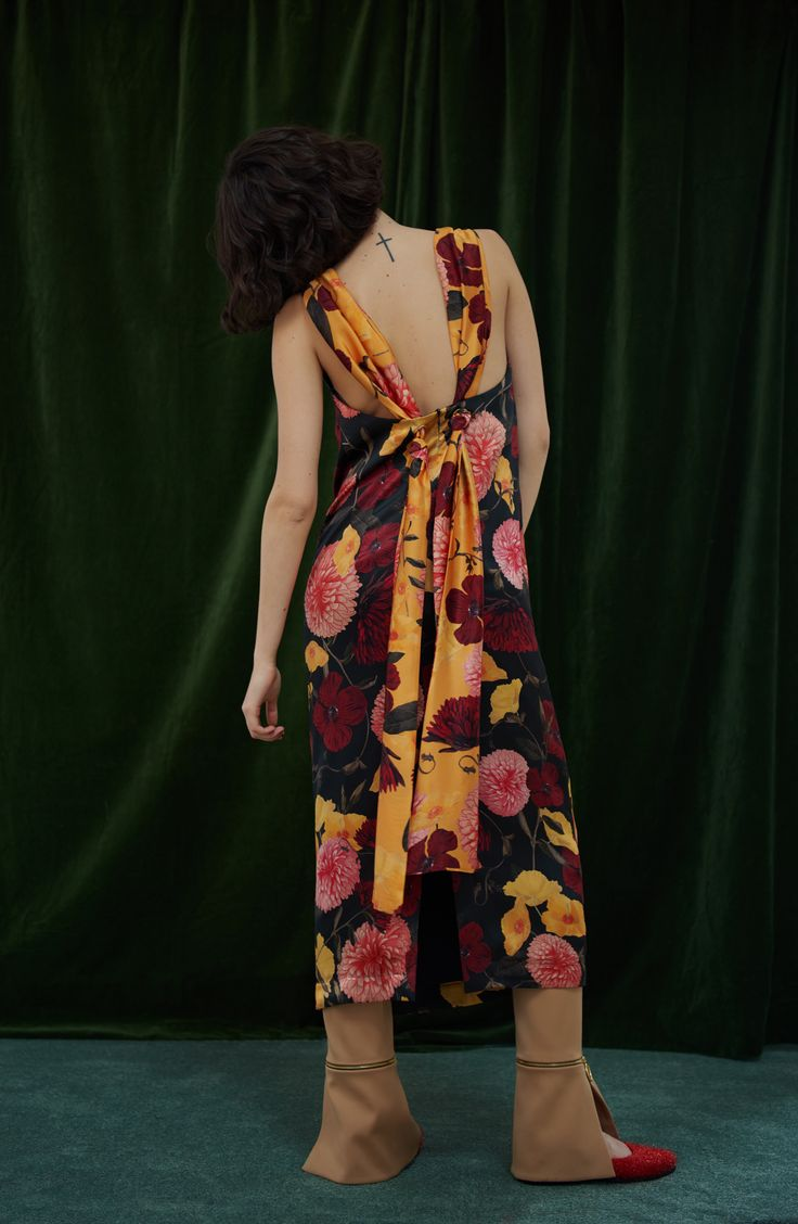 MAISIE SILK DRESS IN CHRYSANTHEMUM - as good from the back as it is at the front. #motherofpearl #pearlyqueen #maisiedress #floralprint #aw17lookbook