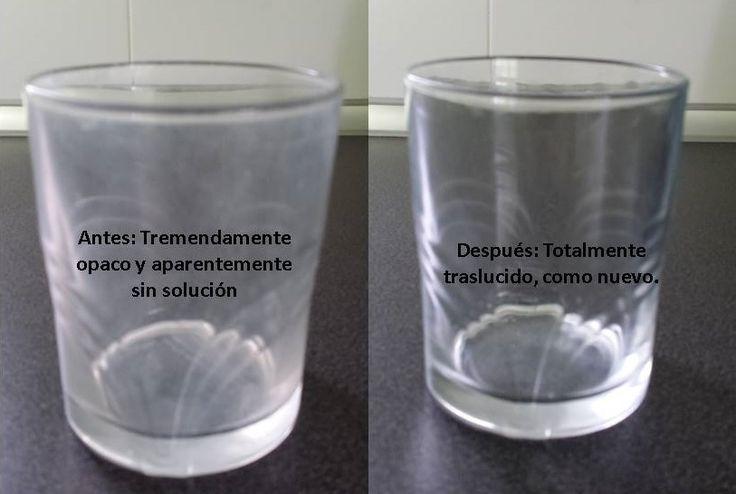 En casi todas las casas encontramos entre los vasos que uno o varios (o todos) se han vuelto blanquecinos, seguro que en tu casa tienes alguno así ¿verdad?