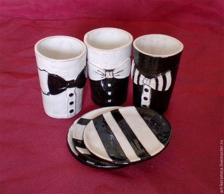Комплект из трех чашек и блюдец Чикаго. Черно-белая посуда - черно-белый