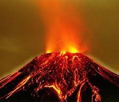 (2) 10,000 millones de años (aC) - De inmensos volcanes manaban caudales de lava incandescente por toda la superficie del globo terráqueo.