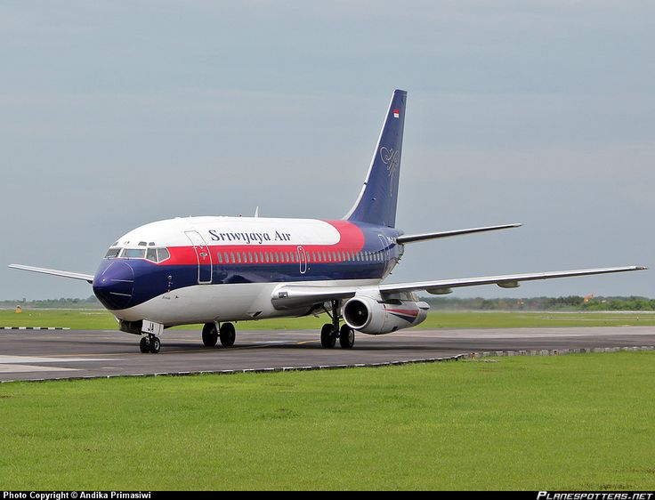 PK-CJA Sriwijaya Air Boeing 737-284(A)