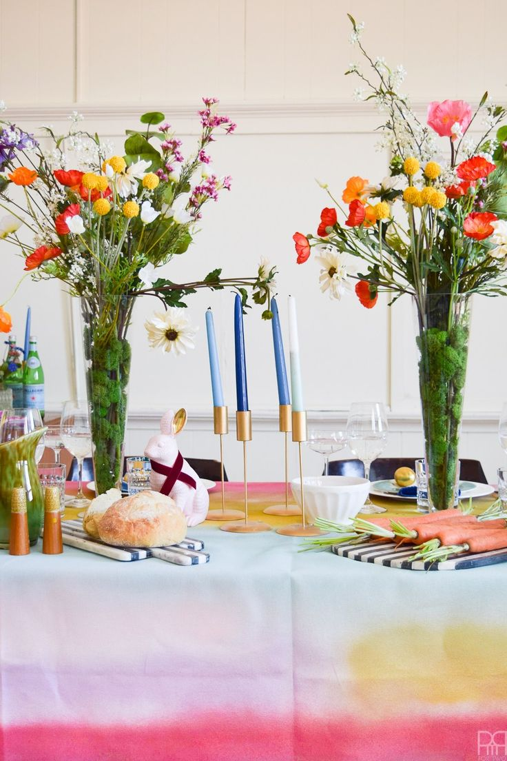 Colourful u0026 Eclectic Easter Table Decor & 114 best Table settings and Tablescapes images on Pinterest | Desk ...