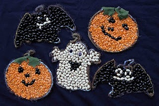 Halloween bean and seed mosaics tutorial and pattern. How fun for a sensory activity! Beans, lentils, rice, seeds - different textures!!