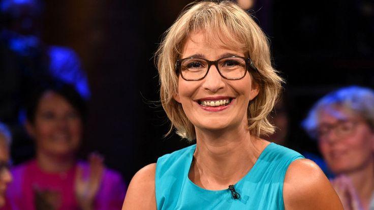 """Yvonne Willicks ist gelernte Hauswirtschaftsmeisterin und Moderatorin. Ihr Buch """"Meine 111 besten Haushaltstipps"""" ist sozusagen der Knigge unter den Verbraucher-Ratgebern."""