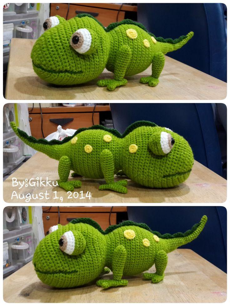 Chameleon Pattern by : Mala designs