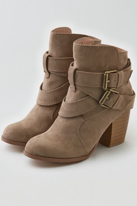 American Eagle Outfitters AEO Double Buckle Heeled Boot Cuties