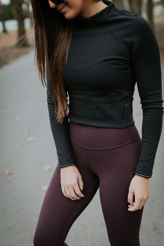 lululemon crop pullover, lululemon align pant, align crops, nike air presto sneaker, black crop pullover, crop long sleeve, athleisure outfit, a southern drawl workouts, winter activewear, fall activewear, lululemon high times pant, lululemon wunder under