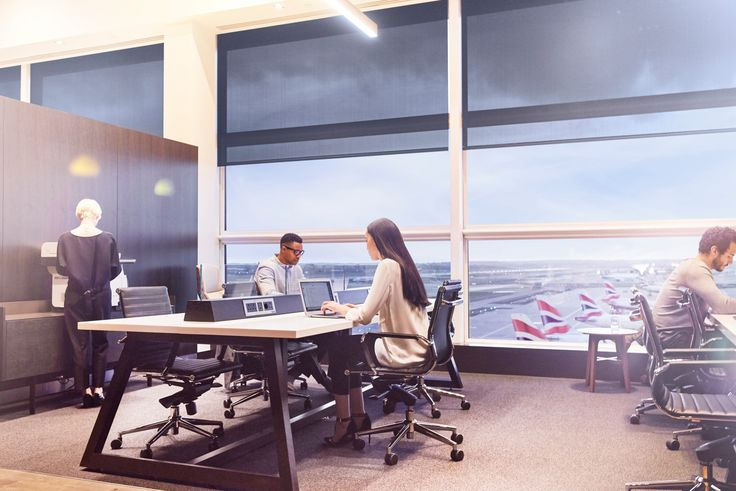 Our new luxurious Gatwick lounges offer a wide array of facilities, including shower suites, complimentary Wi-Fi, and spaces for work with project tables, computers and more power points.