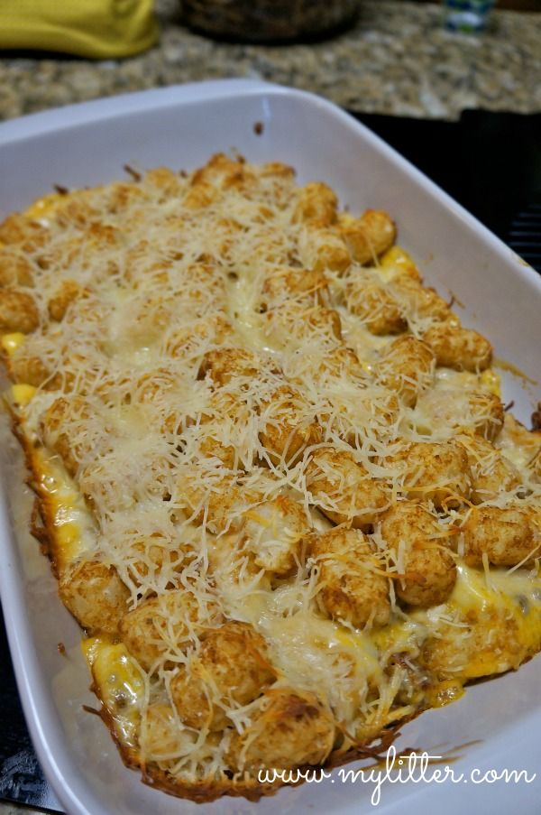 Cheesy tater tots, Cheesy tater tot casserole and Tater tot casserole ...