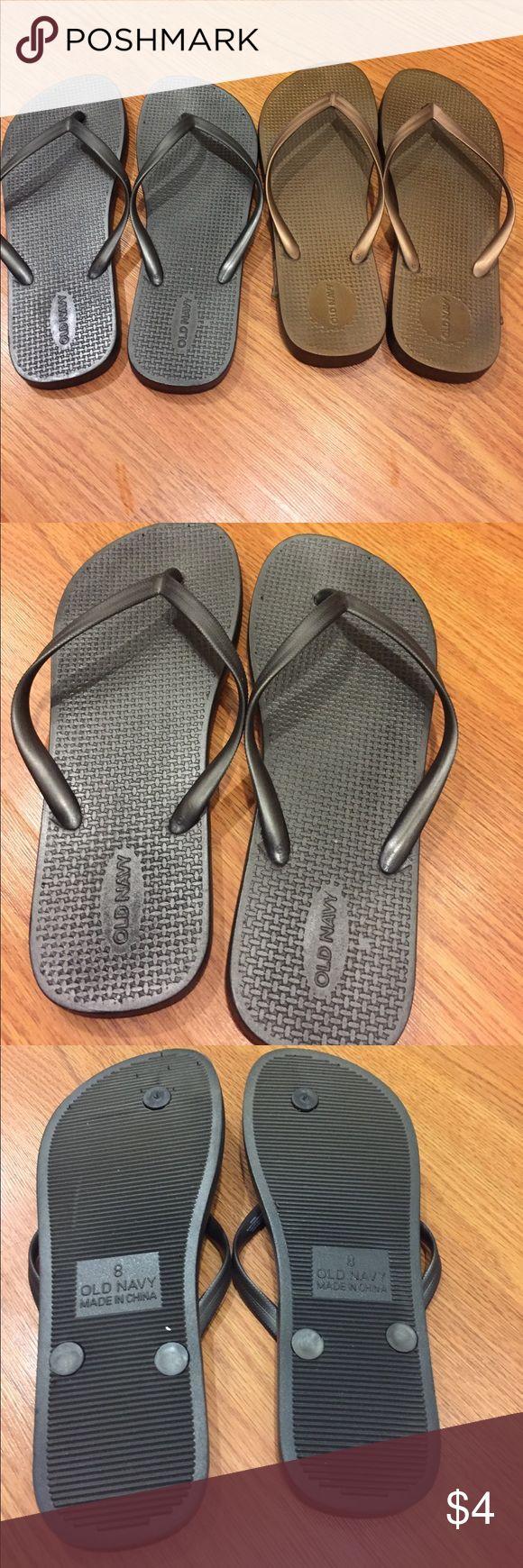 Black sandals old navy - 2 Pair Of Metallic Old Navy Flip Flops Size 8 Metallic Grey And Metallic Gold Old