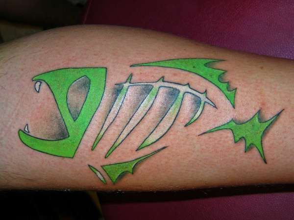 22 best images about skeleton fish tattoos on pinterest ribs small fish tattoos and bone tattoos. Black Bedroom Furniture Sets. Home Design Ideas