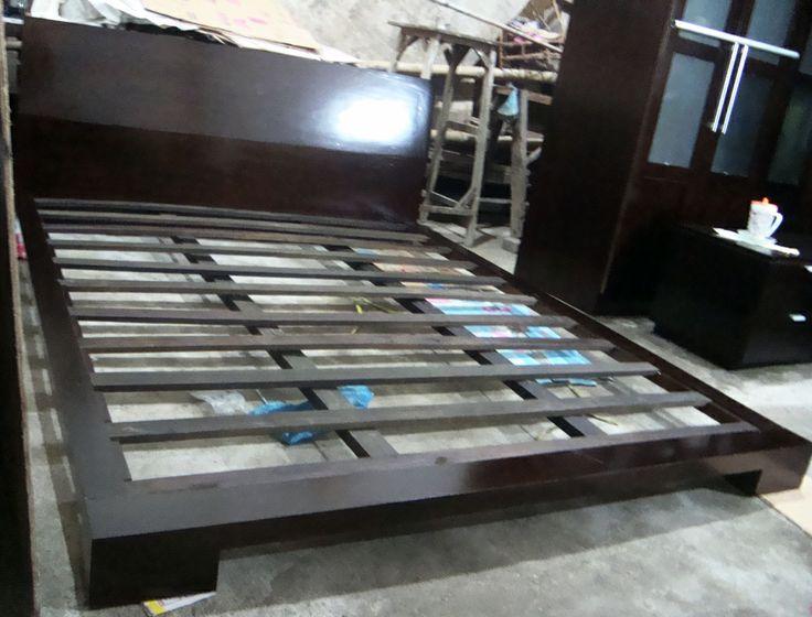 tempat tidur platform brown