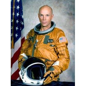 Franklin Story Musgrave. what year did he attended UK.