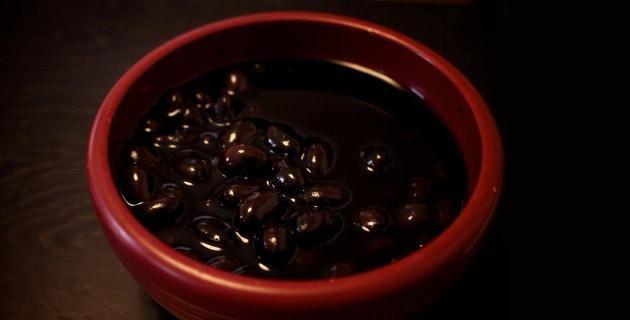 La sopa de frijol negro es uno de los platillos de la gastronomía mexicana. Usa esta receta para prepararla.