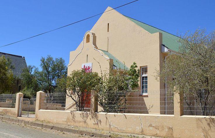 Die Gereformeerde kerk Noupoort is in 1938 in gebruik geneem en het die plaaslike Gereformeerde gemeente van sy ontstaan in 1950 tot sy ontbinding in 2002 gedien.
