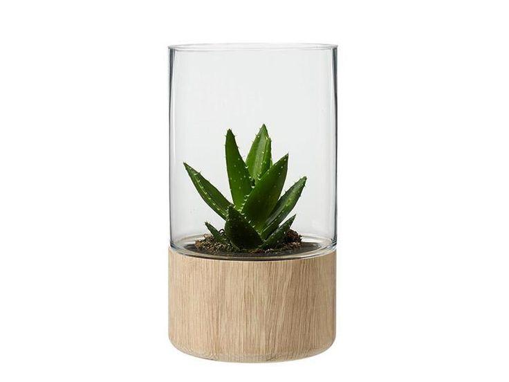 Lekker vase/lyslykt i støpt klart glass med bunn i massiv eiketre, H27cm Ø:15