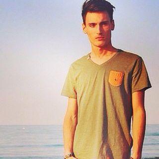 www.mamuk.it. Tshirt handmade.